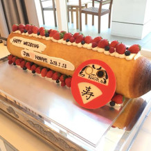 バームクーヘンのウェディングケーキ
