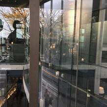ガラスの空中回廊