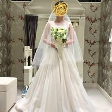 提携店のフィオーレビアンカさんのドレス