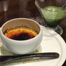 ブリュレに抹茶ソース?をかけて食べた!