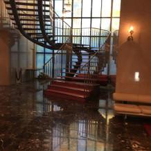 チャペルに上がる階段