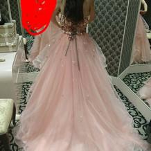 カラードレスの写真
