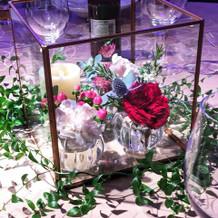 お客様テーブルのお花