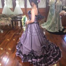 カラードレスも豊富です。