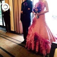 当日披露宴で着用したカクテルドレスです。