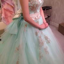 ふわふわのチュールのドレス