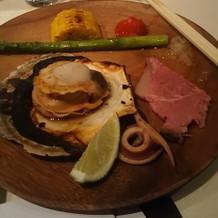 バーベキューの海鮮や野菜