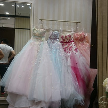 追加料金で好きなカラードレスを選択