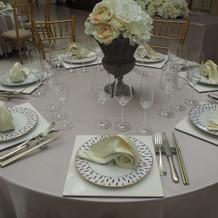 グレースヴィラのテーブル
