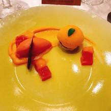 レアチーズケーキとオレンジソルベ