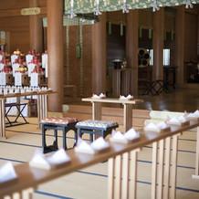 伝統ある湯島天満宮で厳かな挙式