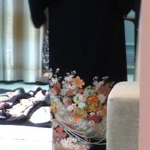 母親の留袖もレンタル。