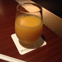 オレンジジュースをいただきました。