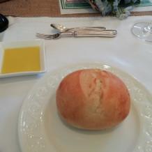 試食で頂いたパンとオリーブオイルです。