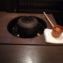 茶釜でお湯を沸かす演出