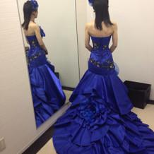 カラードレス青