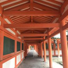 屋根付きの回廊