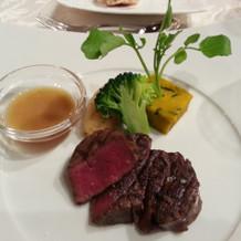 国産牛フィレ肉のグリルステーキ。