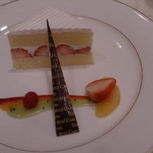 デザート、ウェディングケーキ