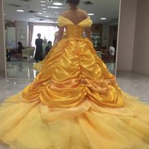 新作の美女と野獣のドレス