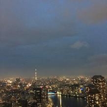 バルコニーから見える夜景です。