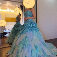 マーメイドのような綺麗めのドレス