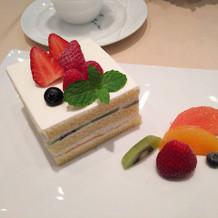 巨大ケーキです。