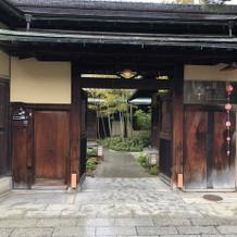 京都らしい、風情漂う入口です