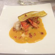 オマール海老のポワレ サフランソース