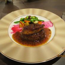 国産牛フィレ肉とフォアグラのロッシーニ
