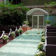 挙式会場を花嫁として前から見た景色