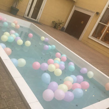 プールの装飾