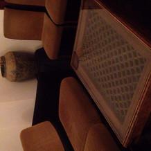 坐り心地の良いヴェルサーチのソファー