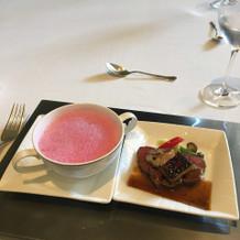 芽セロリのスープ メインのお肉
