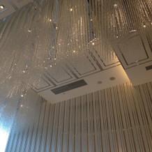 チャペル天井。キラキラしてます。