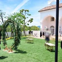 ガーデン。写真映えのリースが最高!