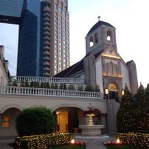 チャペルとホテル