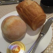 サクサクで温かいパン