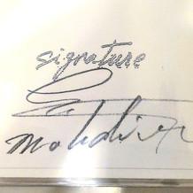 当日のメニューには料理長のサインが入りま