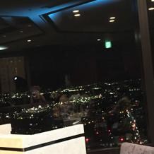 窓から見た夜景