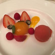イチゴのシャーベット