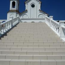大階段!青空が映えます♪
