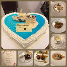 オリジナルウェディングケーキと料理