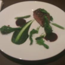 お肉とオリジナルソース