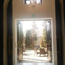 チャペル入口の風景