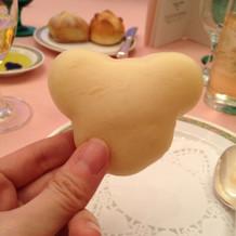 ミッキー型のパンもかわいい!