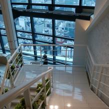 階段が長いです。