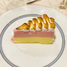 フランベ演出のあるデザート