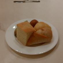当日のパンをすべてハーフで頂きました。