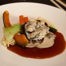 エスカルゴソースのステーキ
